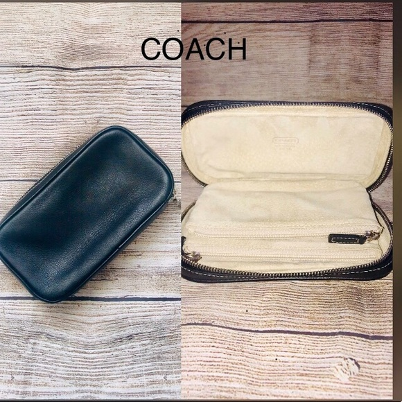 Coach Handbags - Vintage Coach Nappa Leather Jewelry Case